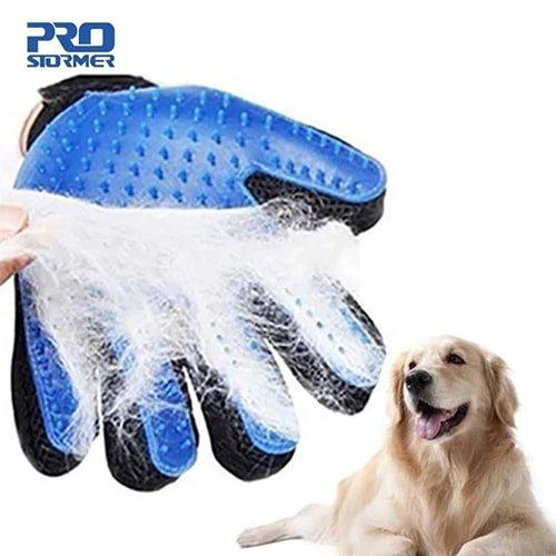 Перчатка-щетка для вычесывания собак